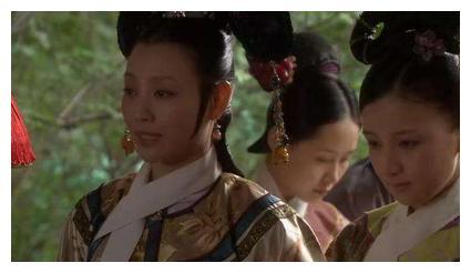 《甄嬛传》中,端妃病的快断气了还去关心甄嬛,真对甄嬛这么好?