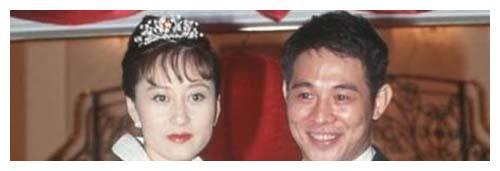 李连杰前妻赴美结婚获真爱,两个女儿都已经长大成人