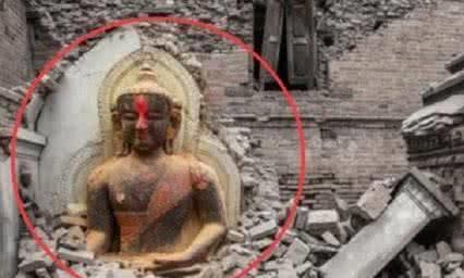 汶川地震发生后出现怪异现象,佛像巧妙躲过一劫,完好无损