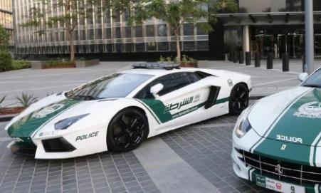 全球最快的5款警车!最慢的百公里加速3.7秒,一款女警专用!