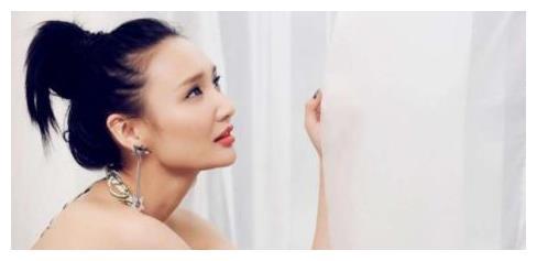 李晨初恋,韩庚因她被封杀,人称小张曼玉的她,今竟靠卖衣服生活