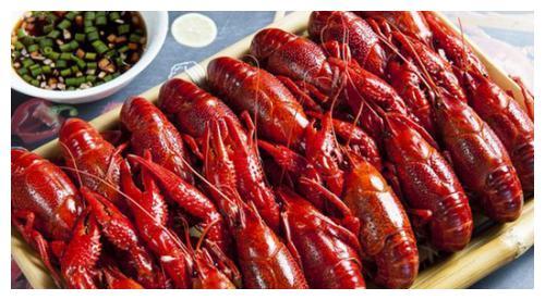 小龙虾脑子里的虾黄真的能吃吗?那是什么东西?有营养吗?