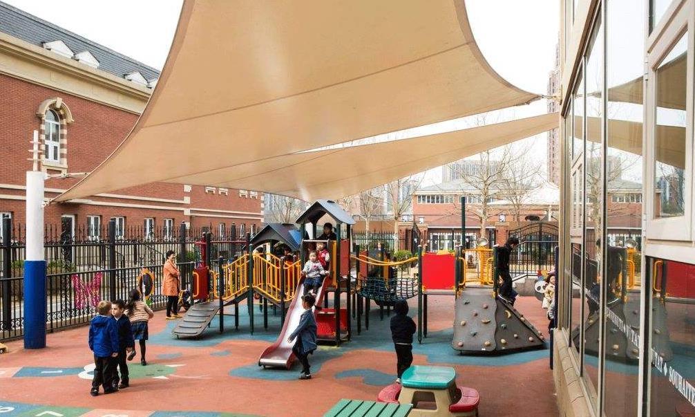 公立幼儿园学费有多便宜?得知收费标准,私立幼儿园家长只剩羡慕