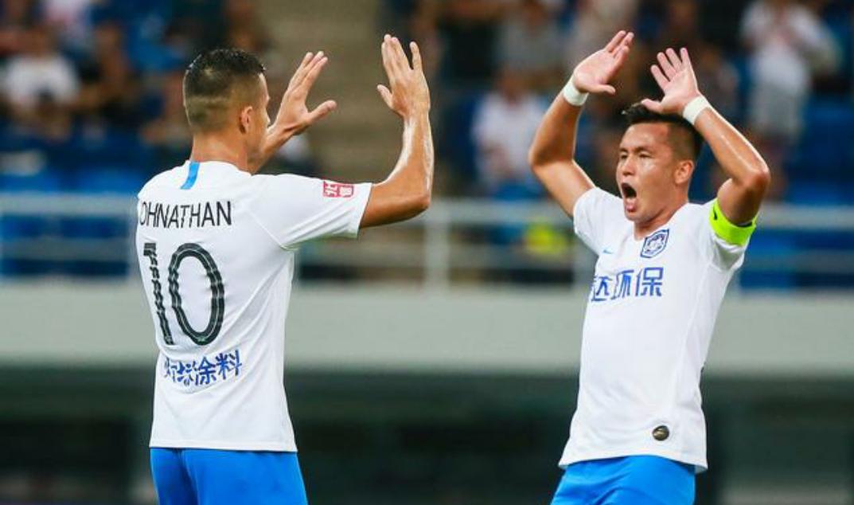 中超第23轮天津泰达2:1武汉卓尔,乔纳森与阿奇姆彭为泰达进球