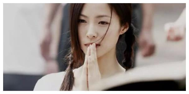 热衷公益的江一燕,山区支教十年,网友:人美心更美!