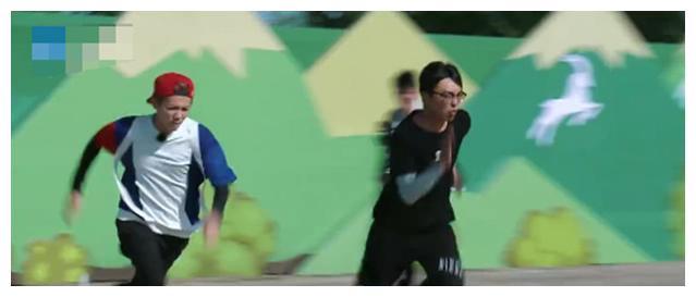 《奔跑吧》即将迎来收官之战,神秘嘉宾是最熟悉跑男团的他们
