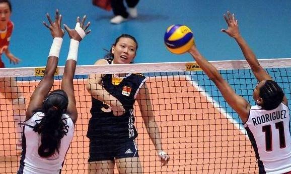 中国女排又一美女球员退役,胸怀大志不忍放弃,相信会再次归来