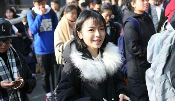 今年艺考生中的明星脸,佟丽娅李小璐上榜,最后的简直就是杨幂