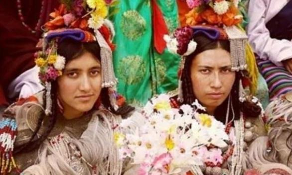 喜马拉雅的神秘部落:无婚姻制度却追求爱情,全族都没有固定伴侣