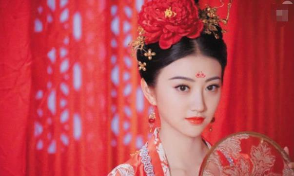 皇帝身边的女人,进宫前需具备2个硬性条件,不仅要漂亮
