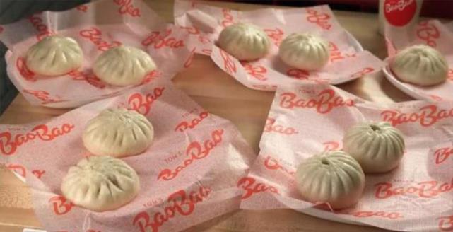 中国这一美食在国外火了,外国人排队都要买,在中国却很普遍