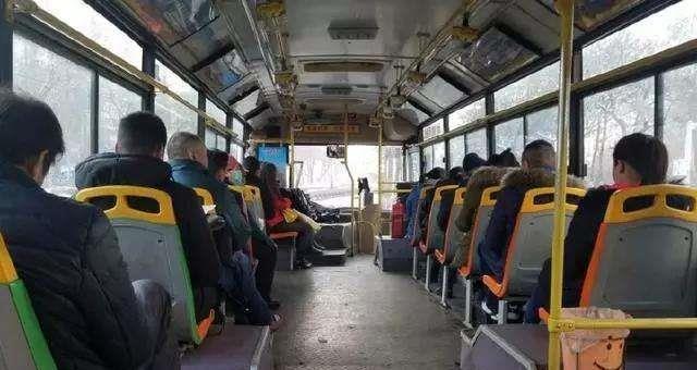 为啥公交司机开车那么快,却很少发生交通事故?原因你可能想不到