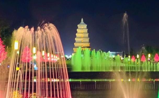 陕西一贫困县,耗资千万建音乐喷泉,一场洪水便被毁!
