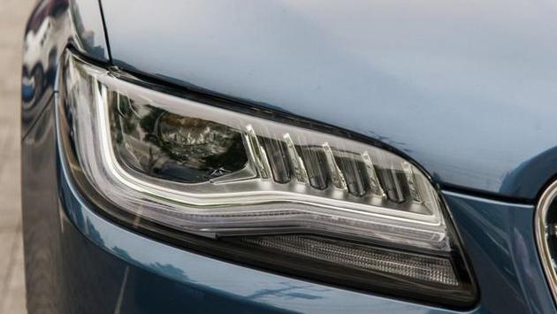 最失败的豪车,进口品质国六标准,降到23万还卖不动