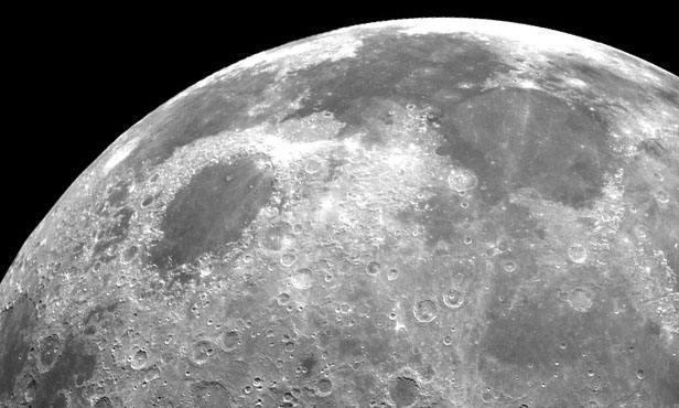 还有这种说法,月球是不是我们人类最早的母体星船
