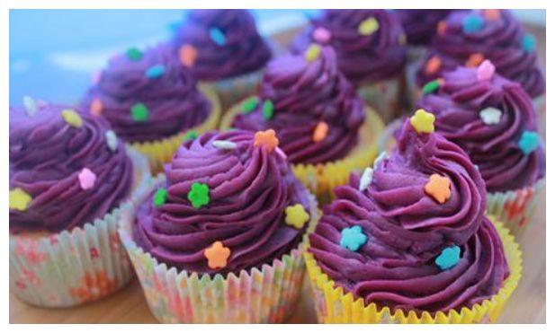 两盒纯牛奶加一个紫薯,就能做出超级营养的甜点,全家人抢着吃