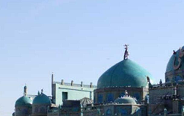 旅游:阿富汗马扎里沙里夫的蓝色清真寺!