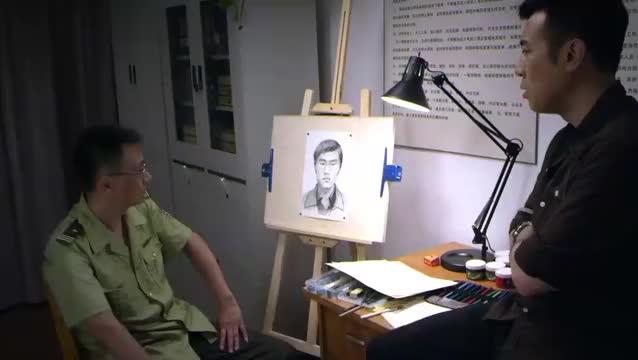 刑警队长:犯人的画像出来了,可效果不好,顾所长说应该这样画
