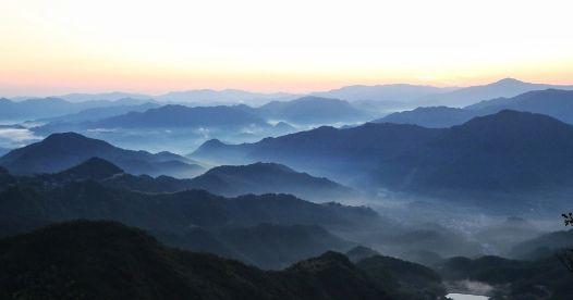 美丽中国之天姥山