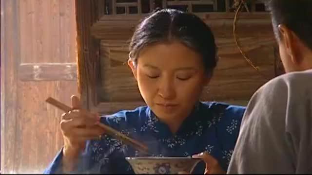 菊花说凤霞跳舞好是舞神附体,怎料遭到了满仓的责备,扎心了