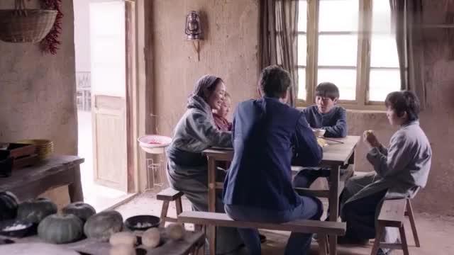 国家孩子:小孩被送到内蒙古领养,竟还说自己也是来支援边疆的