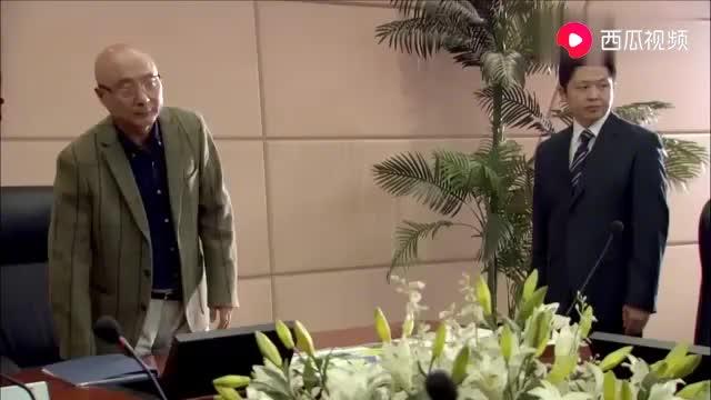 影视陈佩斯在公司开会场面堪比联合国大老板就是不一样