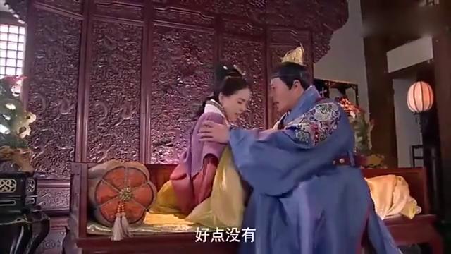女医明妃传:允贤受到了刑法,醒来之后竟然皇上在照顾她!