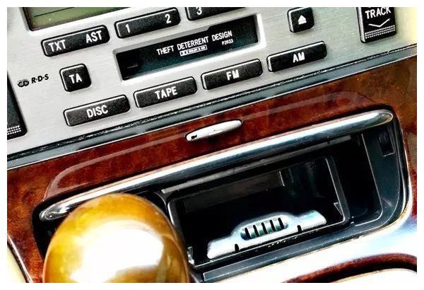 低调,是最牛的炫耀——雷克萨斯SC430
