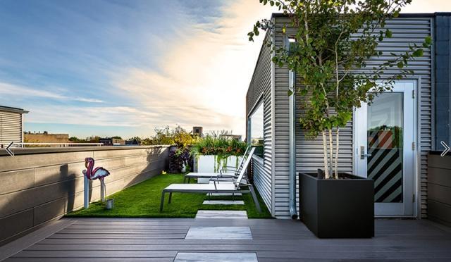 天台庭院:有钢结构廊架和折叠遮阳棚的花园,能够防水防晒的花园