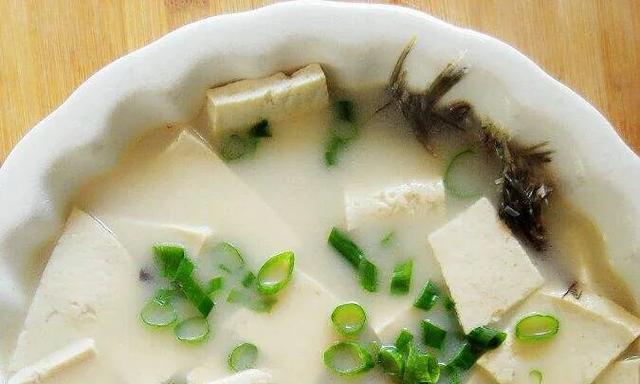 鲫鱼豆腐汤家庭版,怀抱里的催眠曲,让爱更温暖