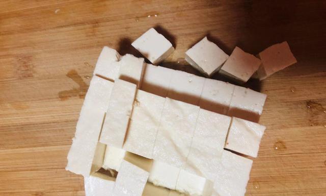 晚餐吃什么简单好吃下饭的麻婆豆腐,了解一下