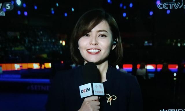 央视唯一零差评的体育专项记者,李纯纯专业美貌并存,体操迷最爱