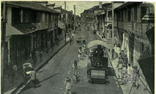 1904美国人游记上的中国:宜昌街头的神树和上海街上的轧道机