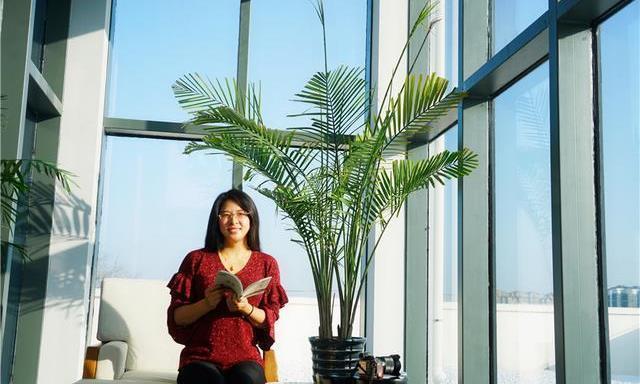 河南开封首家禅文化酒店,位于铁塔公园对面,享受极简的生活方式