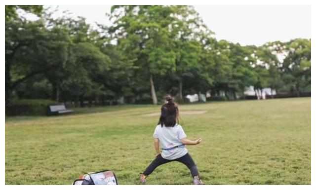 孙俪的女儿真是女汉子中的战斗机,真的是太厉害了