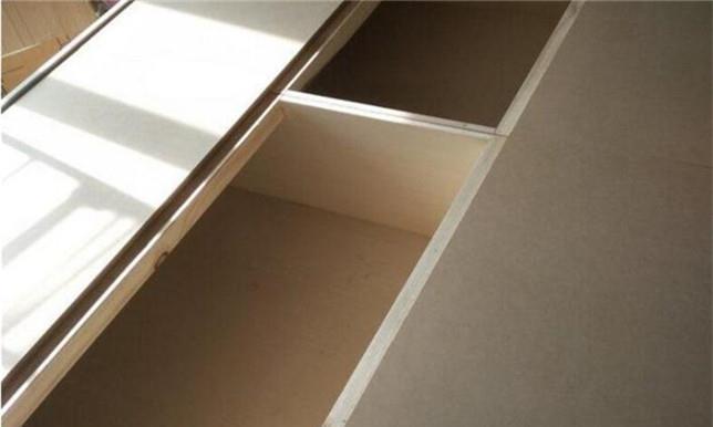 所有的柜体都这样来做,看来自己将材料也包给师傅是对的