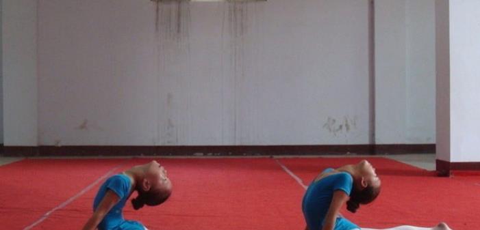 6岁女孩学舞蹈:选择兴趣班要慎重,别让这个动作毁了孩子