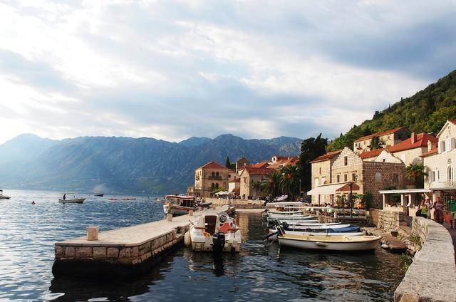 欧洲富人们的天堂,著名的海边观光小城,面朝大海,春暖花开