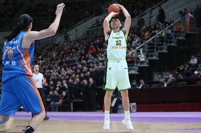 篮球比分:辽篮迎两座里程碑 李晓旭成CBA第41位5000分先生