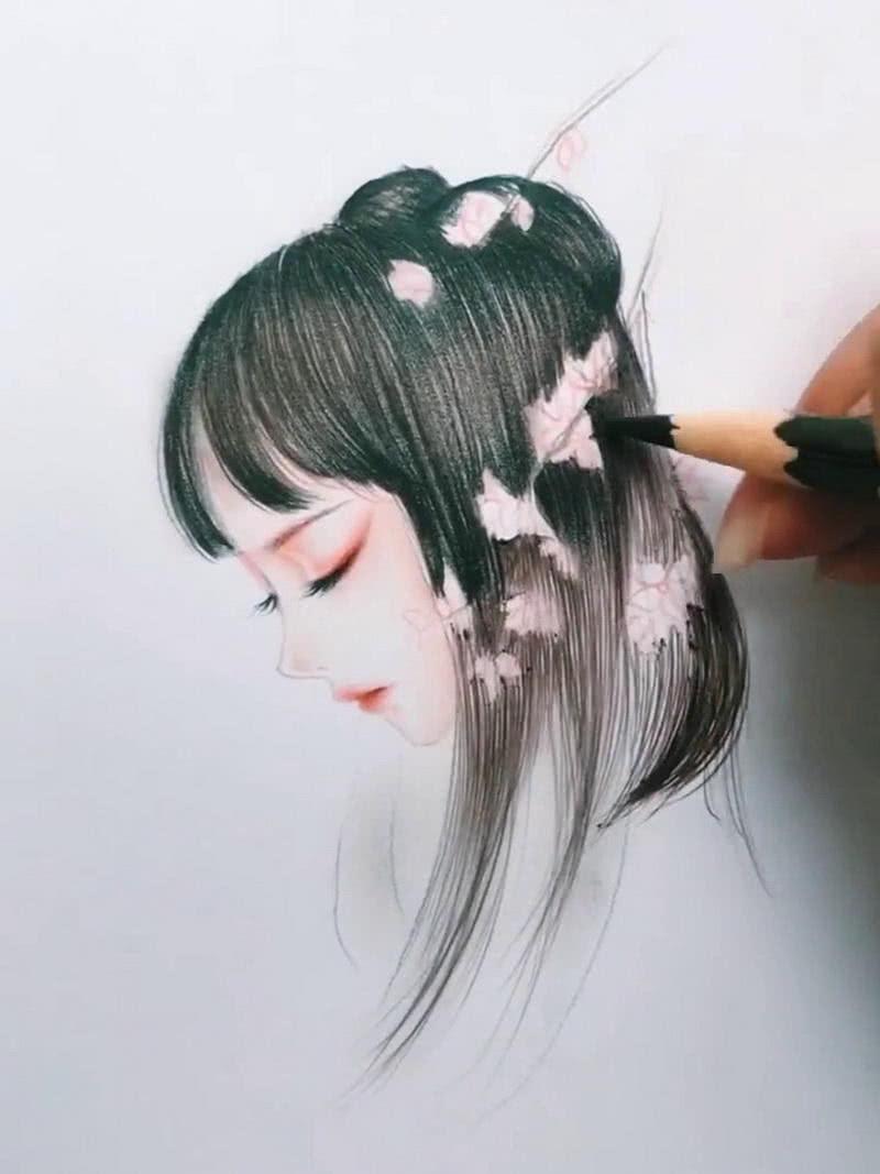 美术生手绘古风美人,画上海棠花后,网友:天上掉下个林