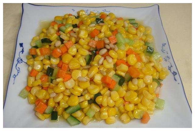 美食推荐:豆角炒火腿,松仁玉米,京酱鸡蛋的做法