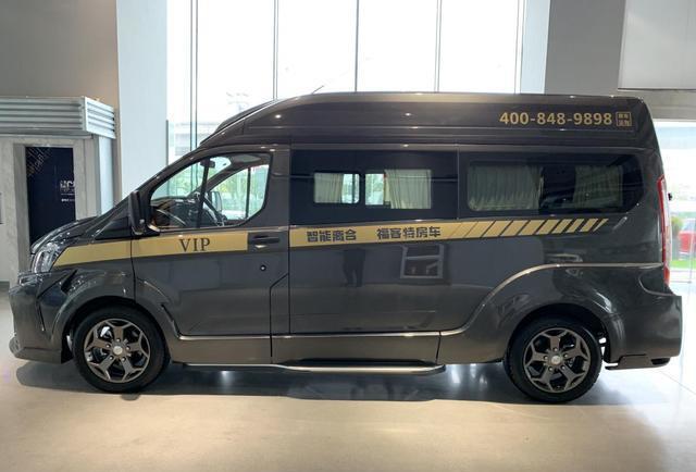 """江铃福特""""黑骑士""""一款具备房车功用的家用商务车"""