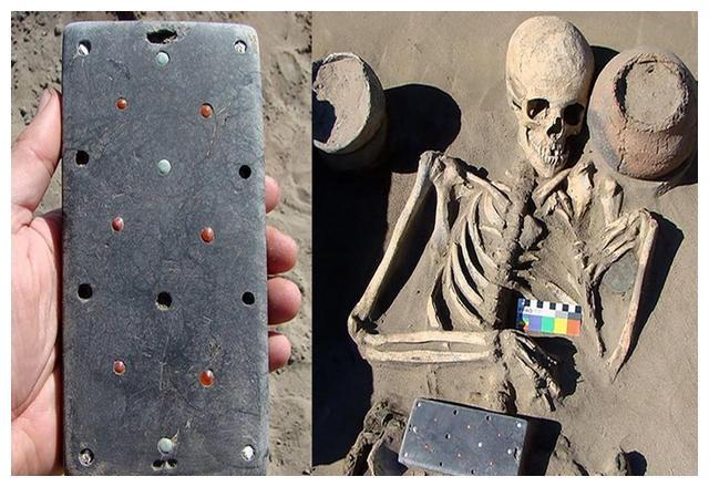 """考古团队发现""""2000年前智能手机"""",上面用中国铜钱做装饰"""