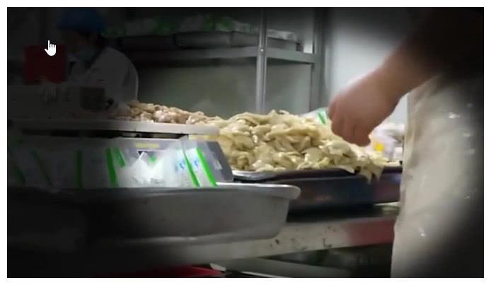 """网曝外卖商家使用劣质料理包,饿了么回应""""食品安全是头等大事"""""""
