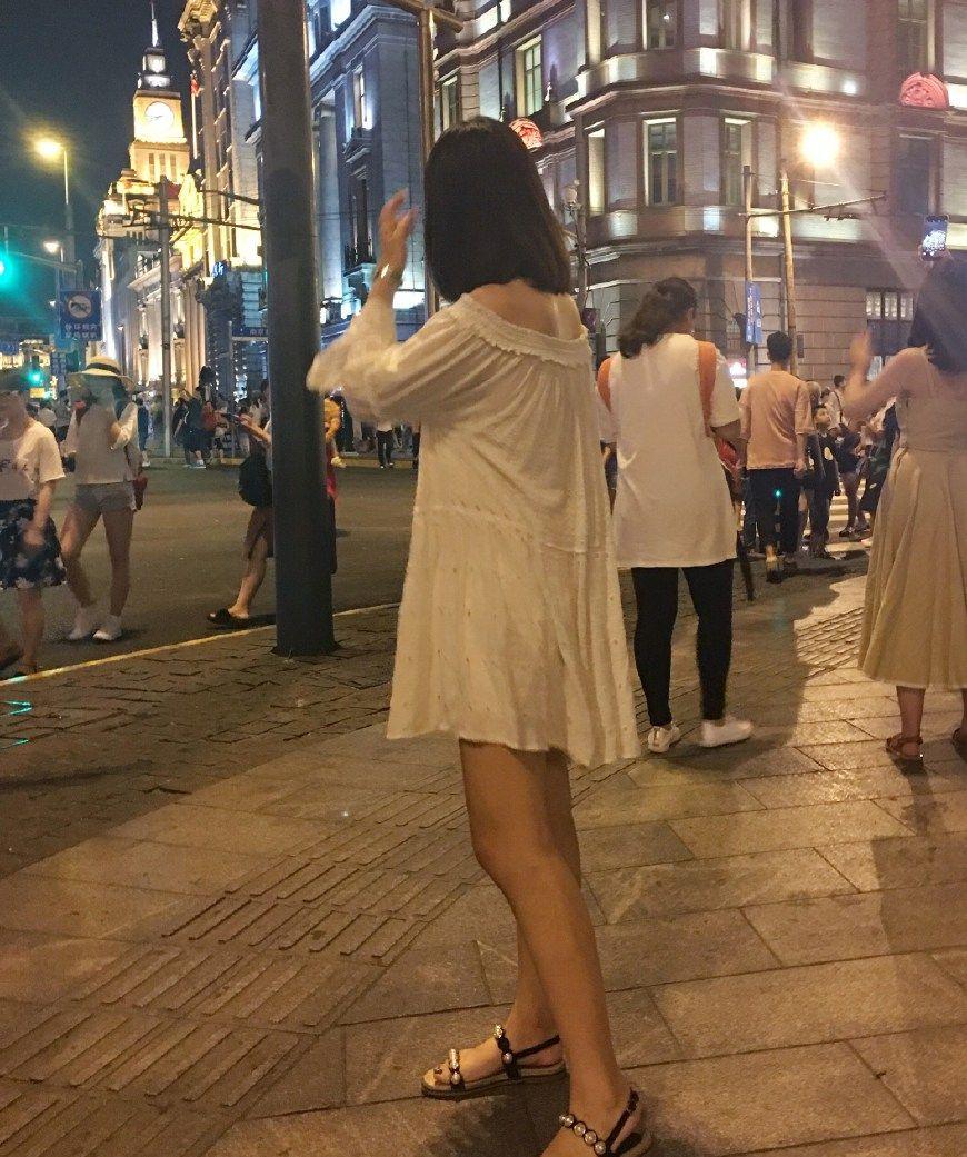 江西财经大学校花,音乐专业,95年,1.65米/52kg,爱唱歌