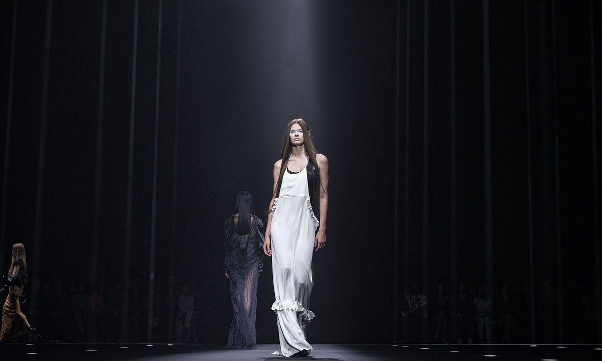 2020春夏纽约时装周:Vera Wang 布景