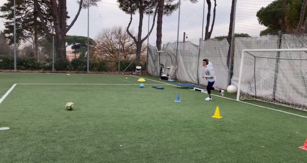 山东鲁能球员王大雷正在意大利康复训练,王大雷晒出康复训练照片