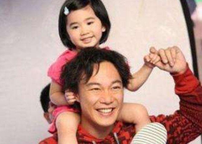 陈奕迅女儿不仅身材完美还长了一张高级脸,颜值比妈妈更胜一筹!