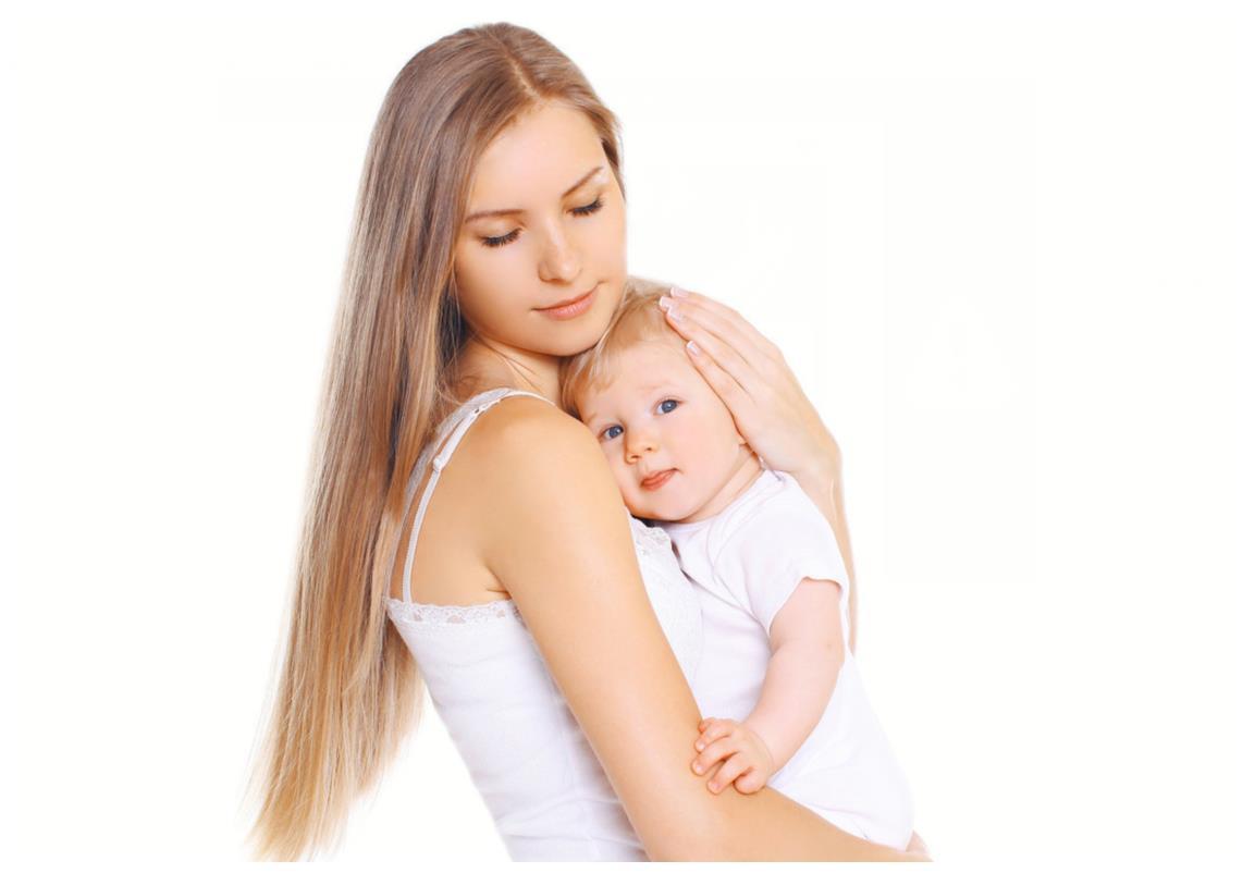 宝宝什么时候可以竖抱?竖抱时间不是关键,分月龄抱娃方法是重点