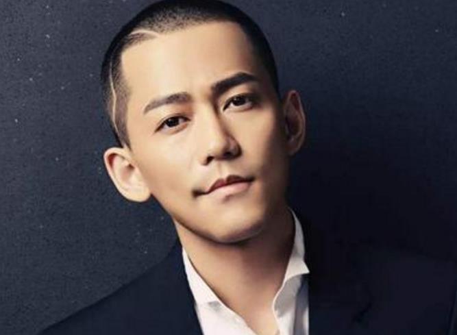 他曾是快男亚军,名气比张杰高,如今却沦落在网红婚礼上唱歌?